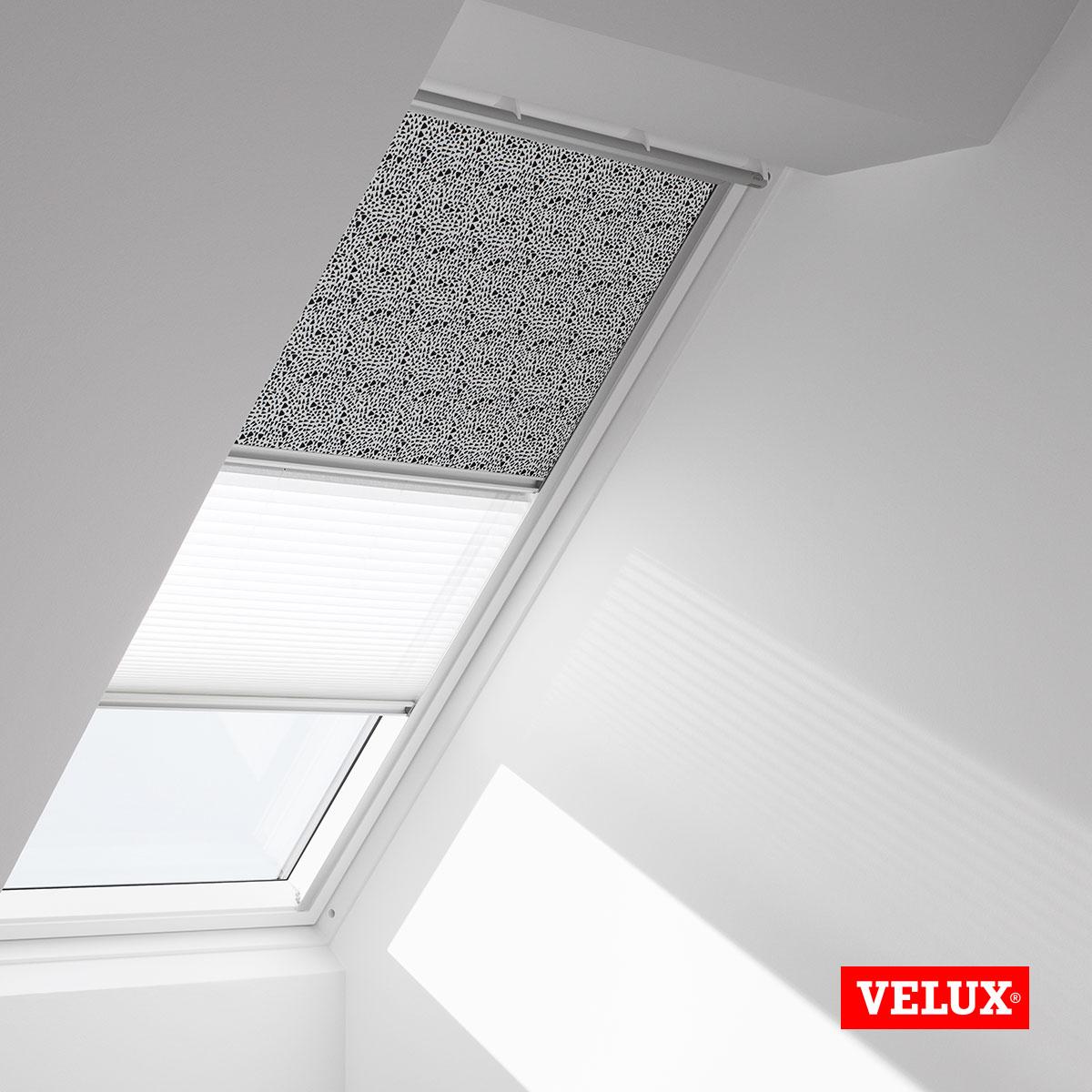 velux mk08 cheap velux skylight blinds night u day navy window code mk mm x mm visible glass. Black Bedroom Furniture Sets. Home Design Ideas