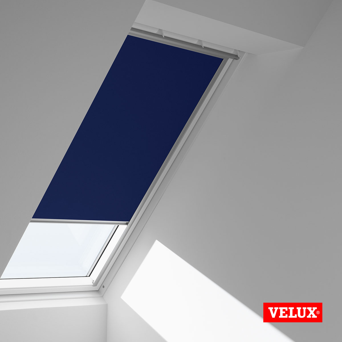 store velux ggl 4 unglaublich store velux s leroy merlin ggl castorama ghl pour dkl dfd duo gfl. Black Bedroom Furniture Sets. Home Design Ideas