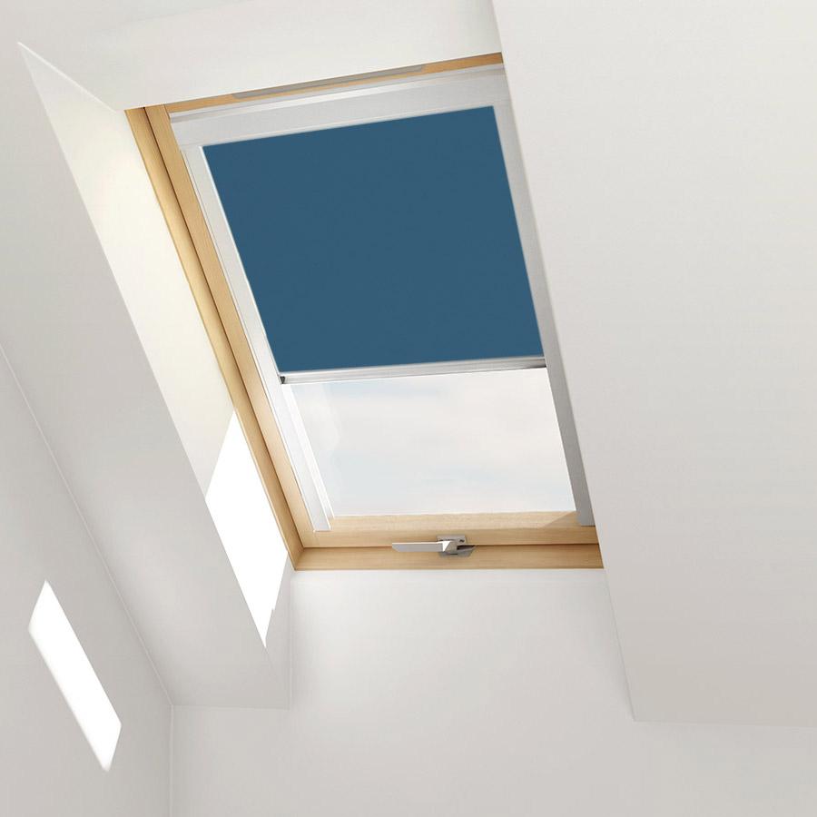 dachfensterrollo f r velux dachfenster verdunkelungsrollo von itzala ebay. Black Bedroom Furniture Sets. Home Design Ideas
